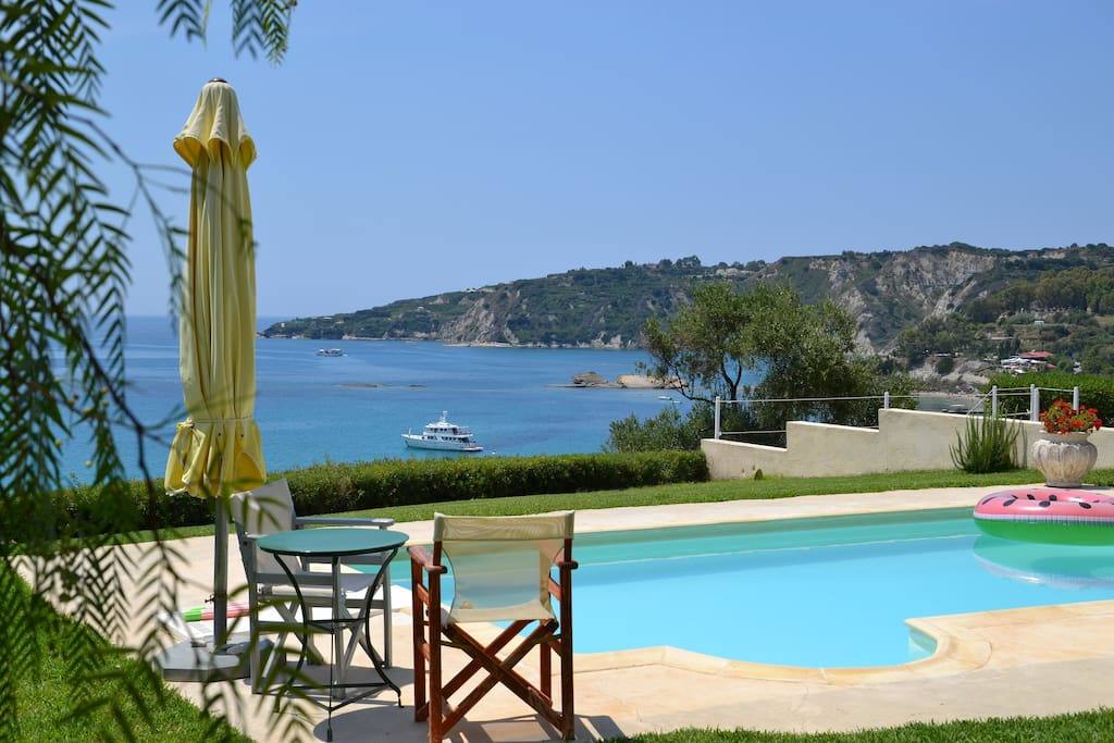 The 4 bedroom villa offers amazing sea view and lovely swimming pool