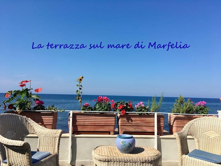La terrazza sul mare di Marfelia