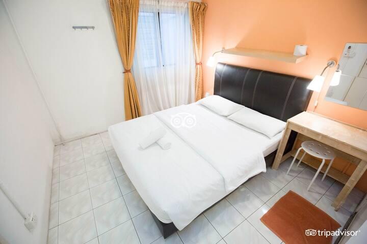 Orange Pekoe Guesthouse Standard Queen Room