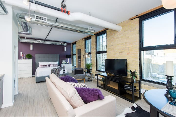 Urban Loft Studio Exchange District