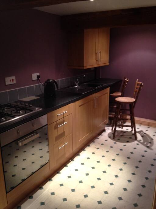 Kitchen - Gas hob/ oven, new fitted kitchen, fridge, microwave
