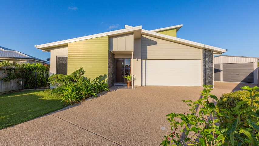 13 Cartledge Court North Mackay