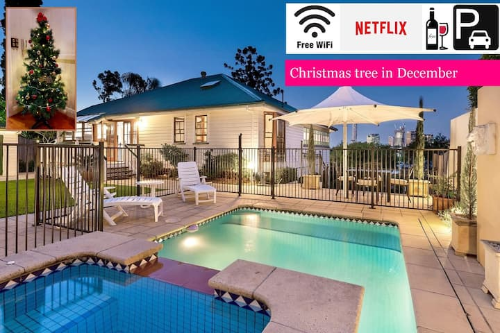 Ultimate 3 Bedroom Family Home⭐Private Pool⭐Incredible Views|Brisbane|Wifi