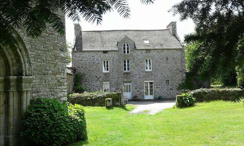 Ancien presbytère de charme - Bretagne Nord - Saint-Lormel - Dom