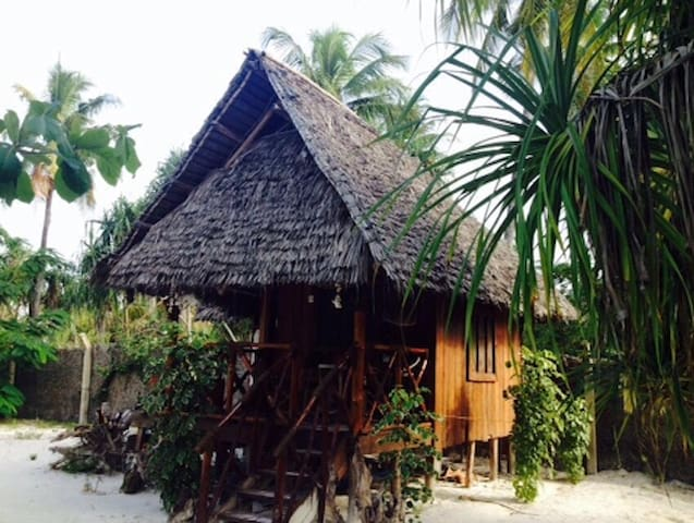 Barefoot Beach Hut (Peku Peku) - Michamvi Kae - Hut