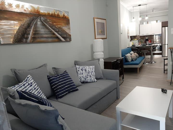 New, modern, bright apartment near Acropolis