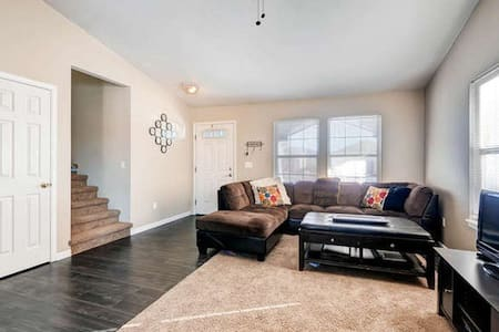 Charming and Comfortable - Fort Collins