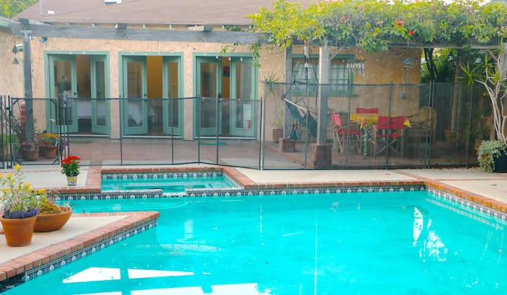 Poolside Spacious Room, Private Entrance and Bath