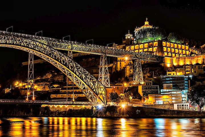 Porto 4Pax Downtown Bridge House - Vila Nova de Gaia - House