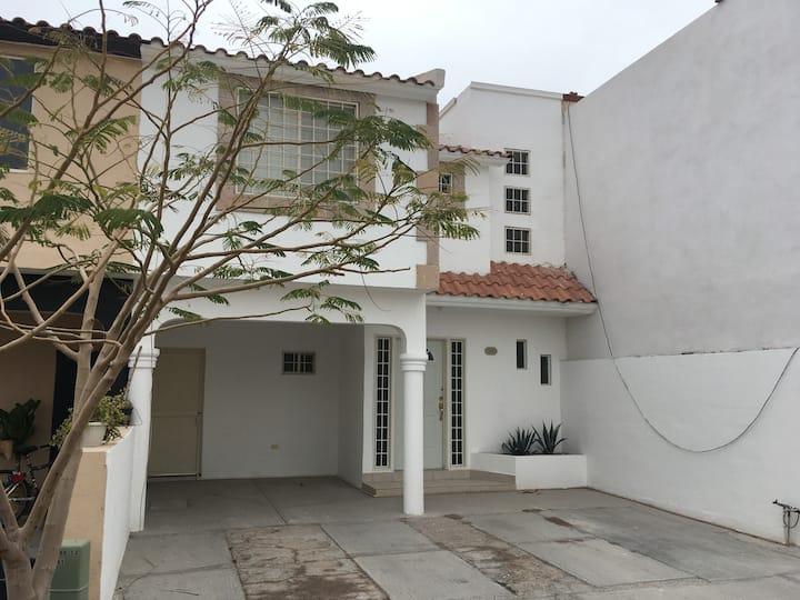 Beautifull house in Viñedos