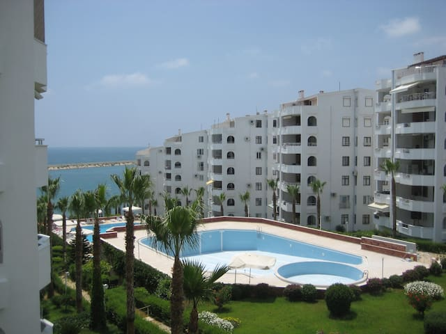 2+1 apartment, wonderful location - Limonlu - Apartment