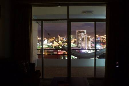 Modern Apt. Great View, Minimalista - Tegucigalpa  - Apartemen