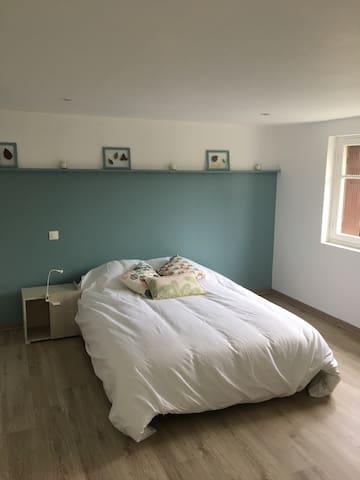 Petit studio 35 m2 à Bergerac - Bergerac - Apartamento