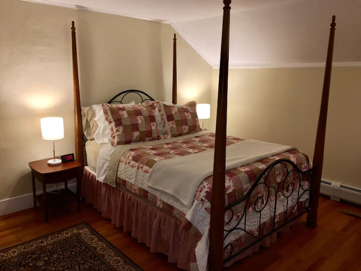 Berkshire Comfort, close to area attractions.