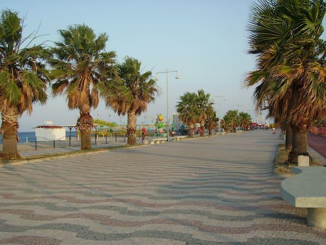 Alloggio autonomo a 50 m dal mare - Soverato Marina