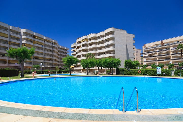 Nice Apartment with Pool next to PortAventura UHC CORDOBA 171