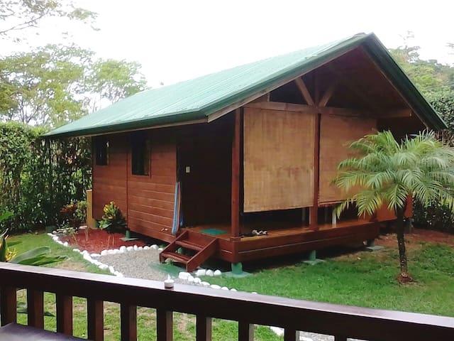 El Paraiso, back cabin.