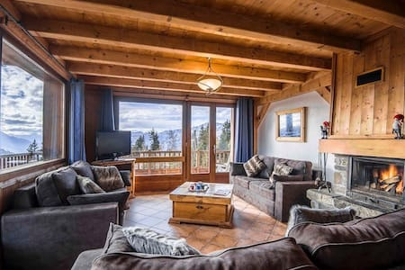 140m² appt, ski-in ski-out 4* chalet La Rosière