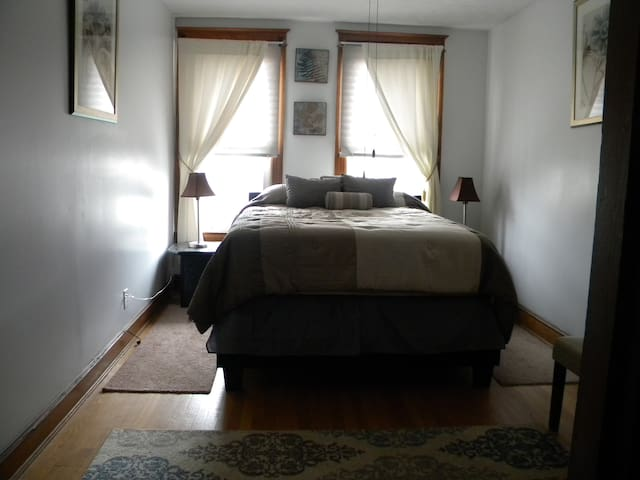 Comfortable bed room in Capitol Hill Neighborhood