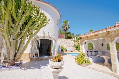 Cuenca - charming villa with private pool in Benissa