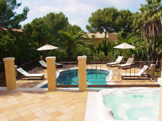 Lovely Apartment near Beaches, Golf  and Port