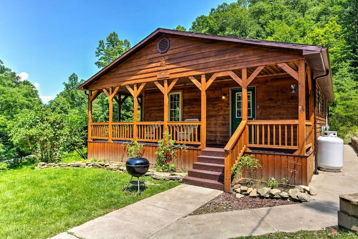 Hot Tub, WiFi, Pet-Friendly - Family Cabin - Sundance - Red River Gorge, KY!