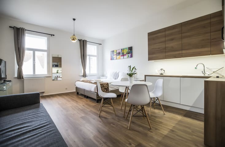 Stylish, Airy Studio Apartment Close Prague Old Town ⭐