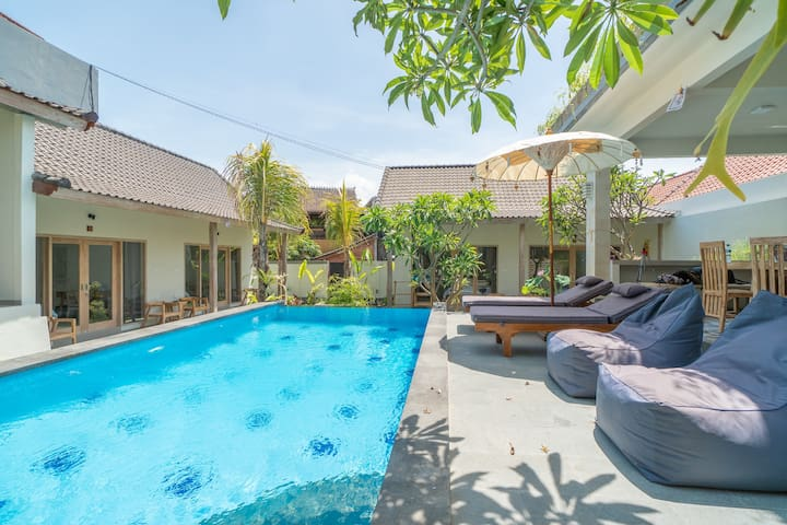 Explore Hips of Canggu & Stay in Fast Wifi Cabin