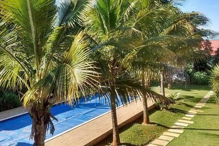 Suite com vista para piscina