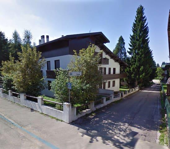 Appartamento trilocale con giardino - Gallio