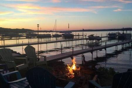 Summer Cottage on Chautauqua Lake - Ashville - Casa