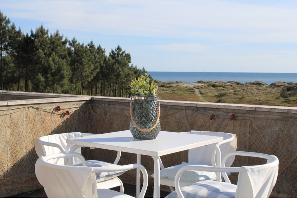 Terrace with amazing view over the Atlantic!
