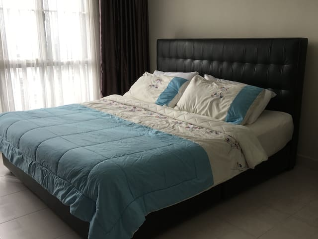 Setiawalk 250Meter to Train Station - Puchong - Appartement