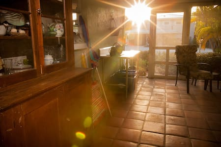 Quaint Ground Floor Small Home  - Bradenton Beach