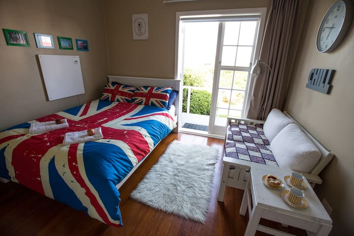 YouR CozY RooM 0 @ AVENUES Tauranga - Tauranga - House