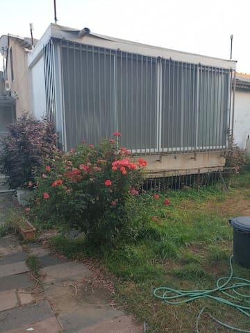 בית פרטי צמוד קרקע להשכרה לחצי שנה
