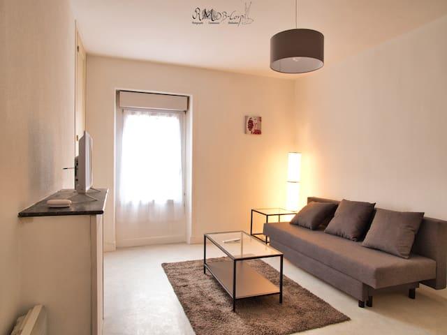 Bel appartement centre ville situé au 2ème étage
