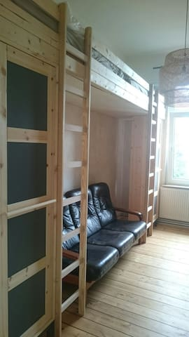 Unique Twin Room in Flatshare - Celle - Lägenhet