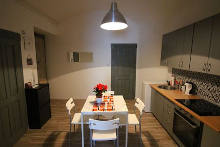 Perfect apartment close to the centre top location - Praha