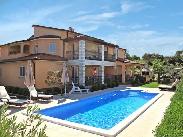 Haus Cancar - Porec - Apartment