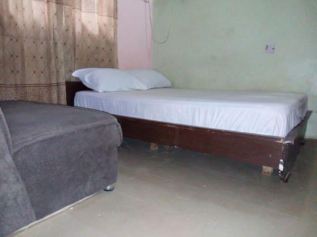 Single Room photo 1