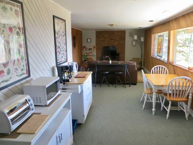 Park Street Suite