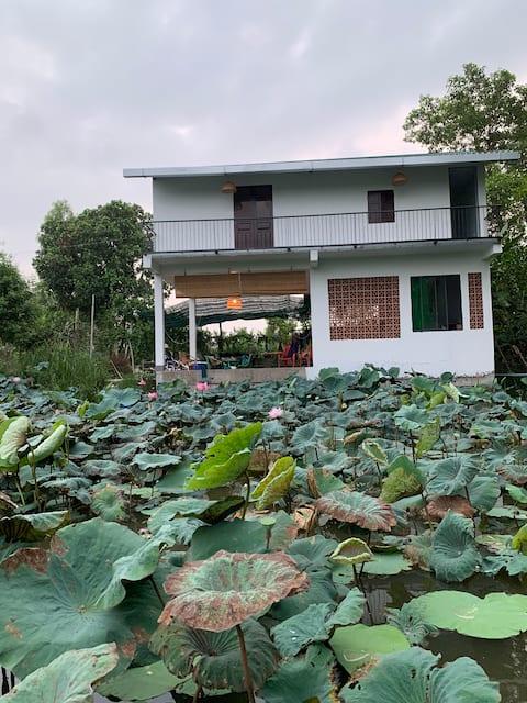 Say country side house near lotus lake