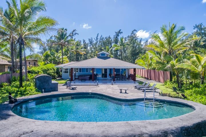 Hilo Shangrila - OCEANFRONT, Pool and Hot Tub Private Vacation Rental