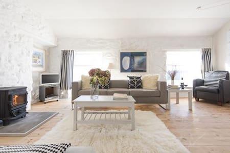 Avalon Apartment