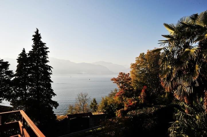 tolle Sicht, Privatstrand,Balkon+ Terasse - Leggiuno - อพาร์ทเมนท์