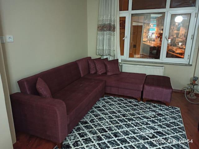 Central location room nearby Marmaray