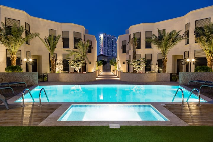 Awesome 5BR luxurious villa in Al Barsha!
