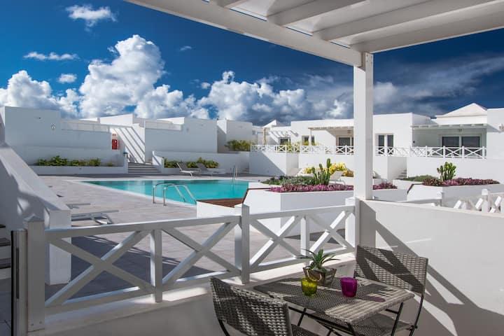Flower Beach Suite 16