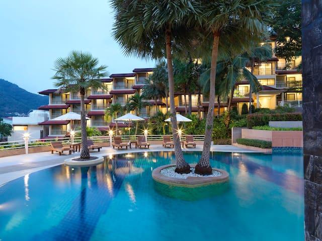 Luxury Bedroom at Kata Beach Phuket with Breakfast